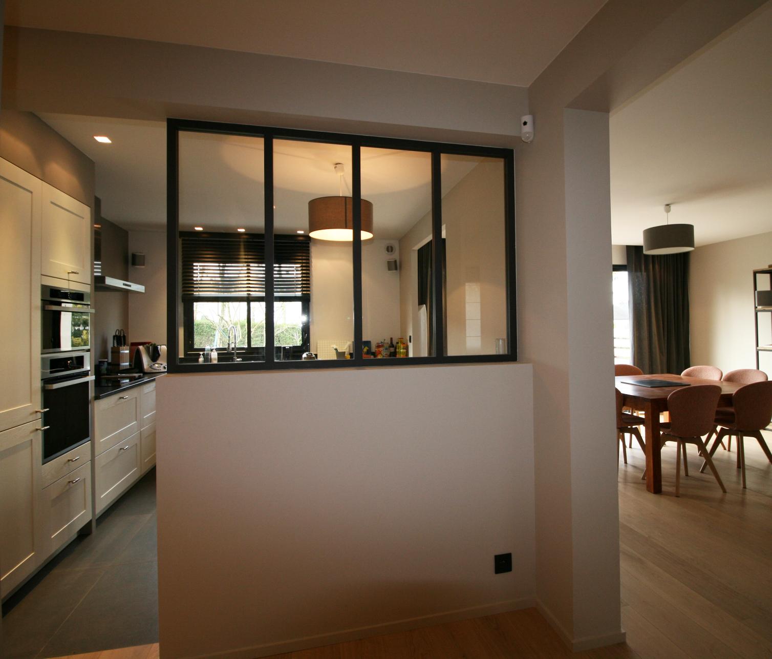 redistribution compl te d 39 une maison ann e 70 c design architecture d 39 int rieur et ma trise d. Black Bedroom Furniture Sets. Home Design Ideas