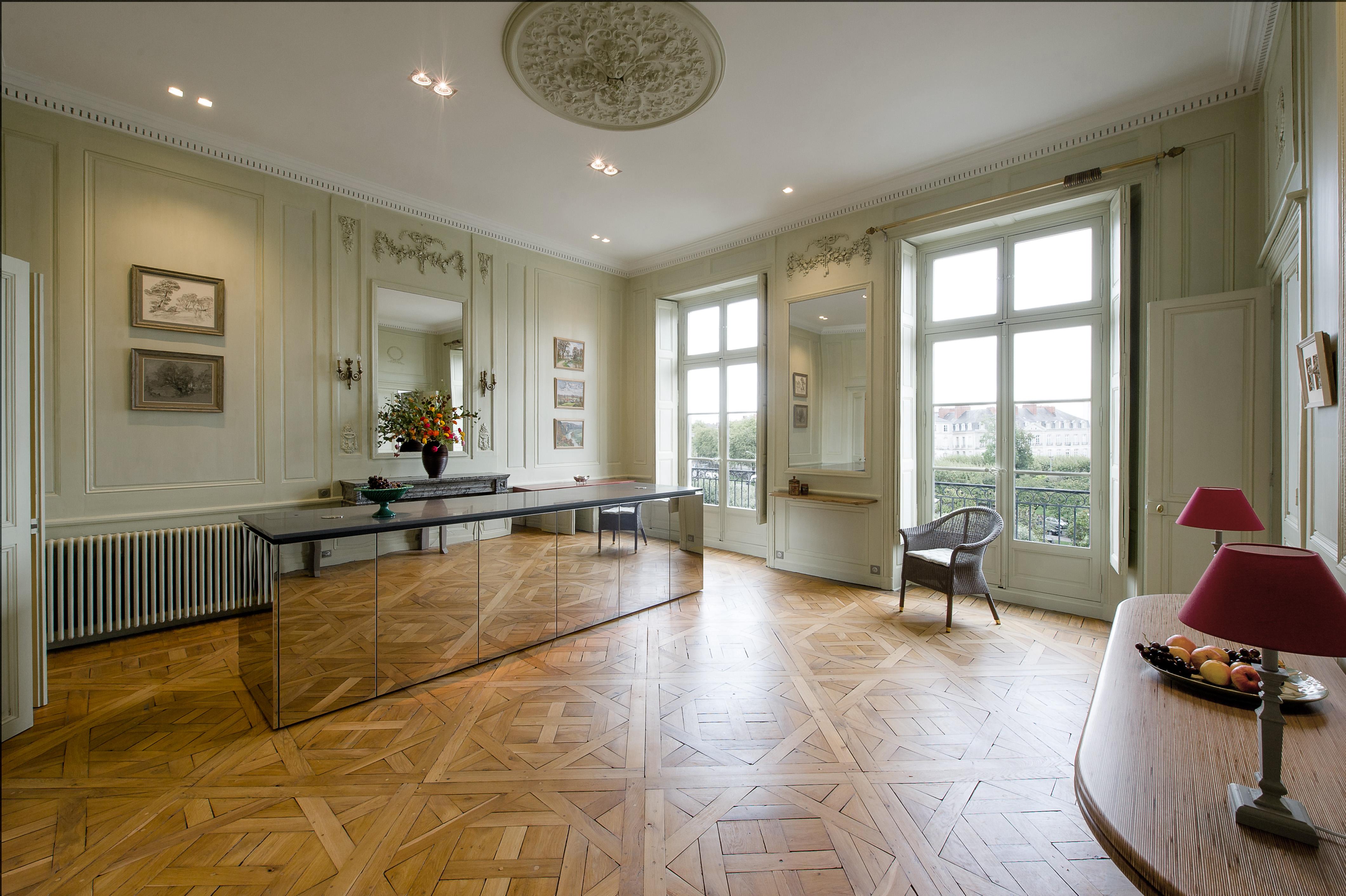 260 m² d'appartement XVIIIème