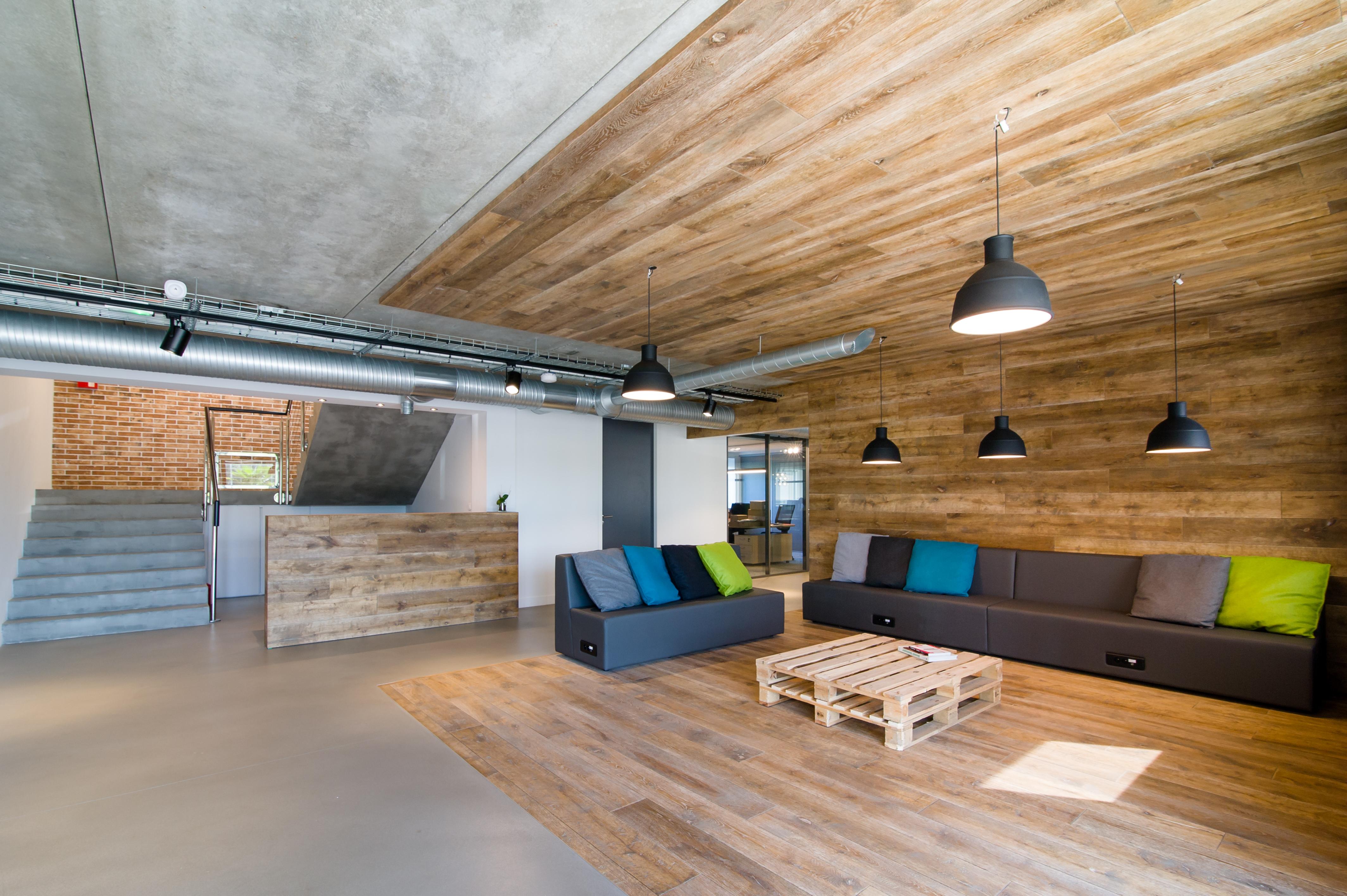 800 m² d'ambiance industrielle